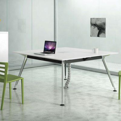 שולחן דגם ספיידר